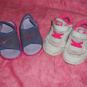 2 pair toddler girls 5C Nike shoes